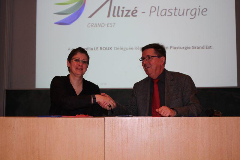 Aurélia Leroux, déléguée régionale, Allizé plasturgie Grand Est et Marc Renner, directeur de l'INSA Strasbourg