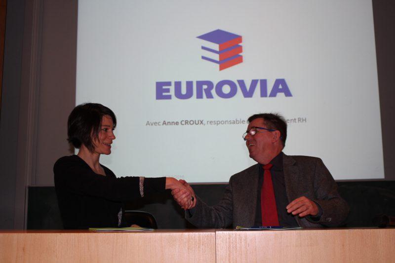Anne Croux, responsable développement RH Eurovia et Marc Renner, directeur de l'INSA Strasbourg