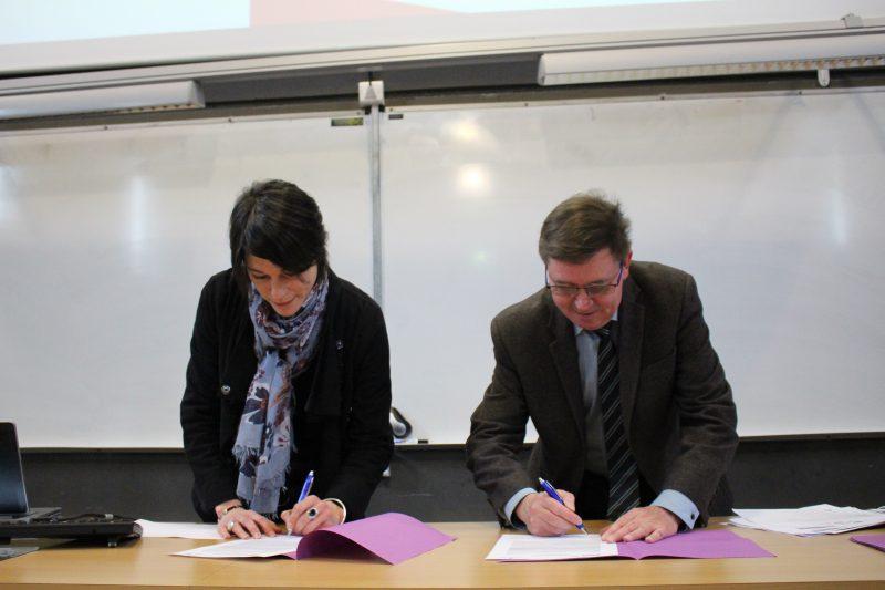 Signature de la lettre d'intention club VIP Génie Civil avec EUROVIA crédit photo : Céline Boulin